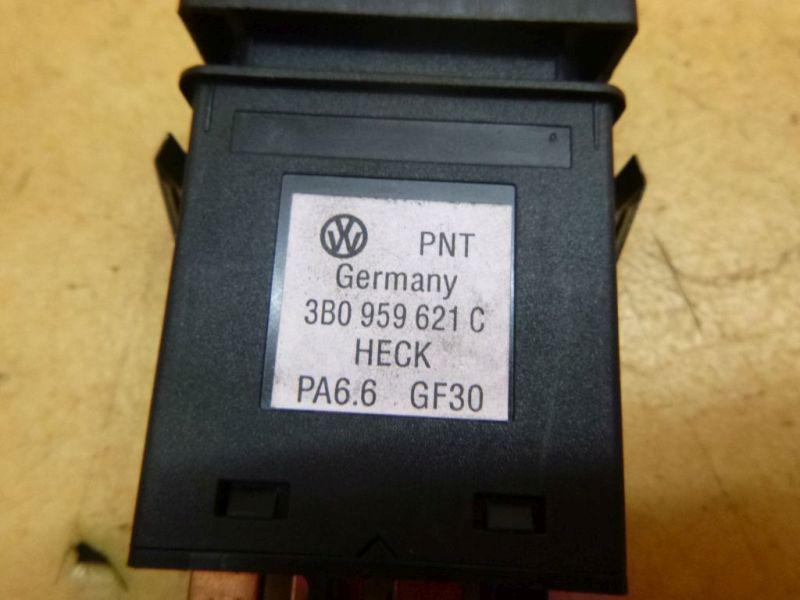 Schalter Heckscheibenheizung VW PASSAT VARIANT (3B6) 1.9 TDI