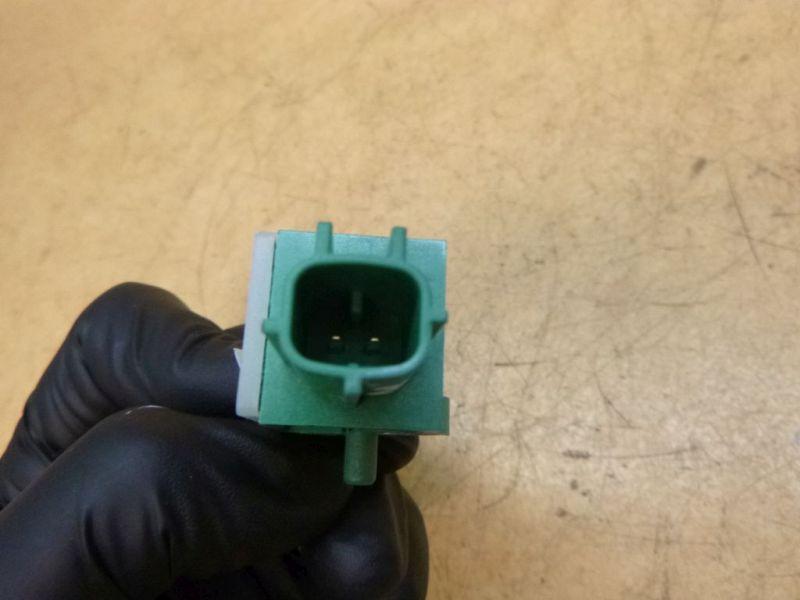 Crashsensor Aufprallsensor hintenVW PASSAT VARIANT (3C5) 2.0 TDI