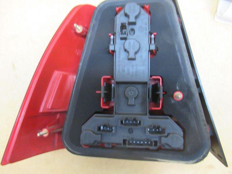 Rückleuchte Rücklicht rechts VW BORA (1J2) 1.9 TDI