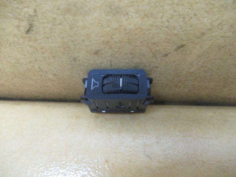 Schalter Lautstärkeregelung Nr1MERCEDES-BENZ STUFENHECK (W124) 230 E