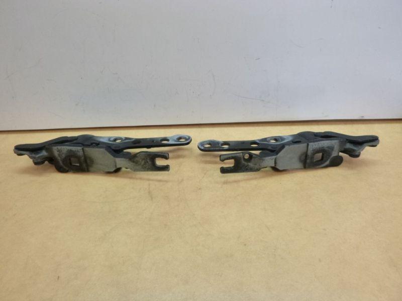 Motorhaubenscharnier links und rechtsBMW X3 (E83) 2.0 D