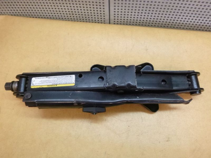 Bordwerkzeug CHRYSLER VOYAGER IV (RG, RS) 2.5 CRD